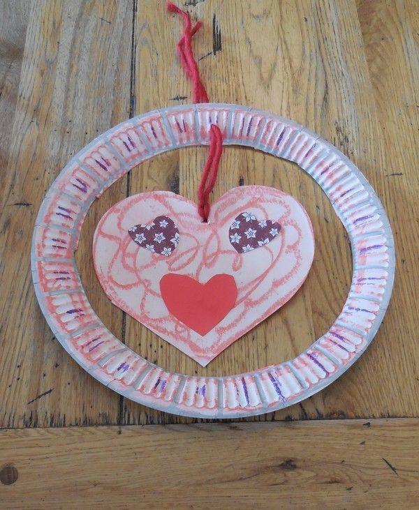 Coeur st valentin avec assiette en carton - Bricolage st valentin ...